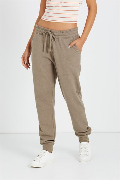 Adele Trackpant, SOOT