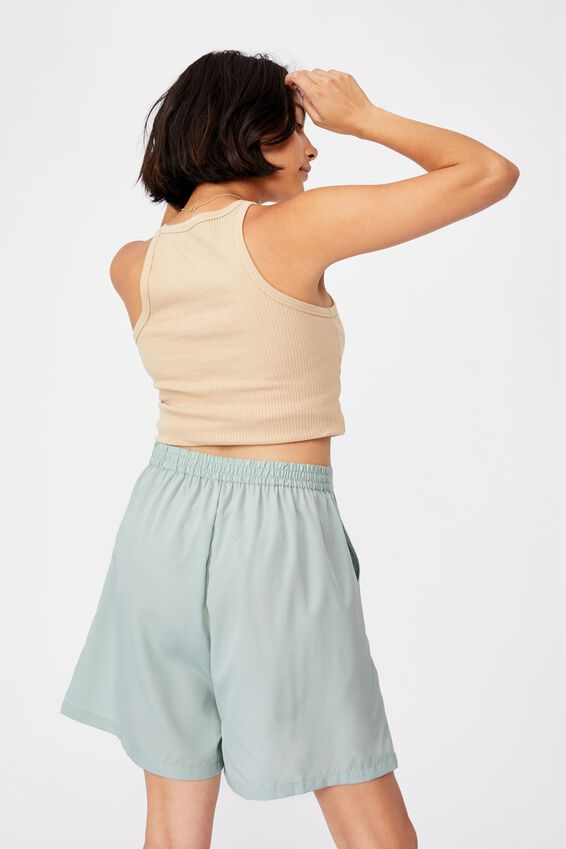 Capri Soft Short, LUSH GREEN