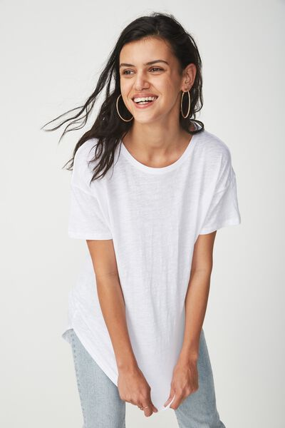 The One Boyfriend Crew Tee, WHITE