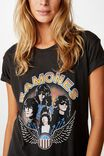 Classic Band T Shirt, LCN MT RAMONES VINTAGE PHOTO/WASHED BLACK
