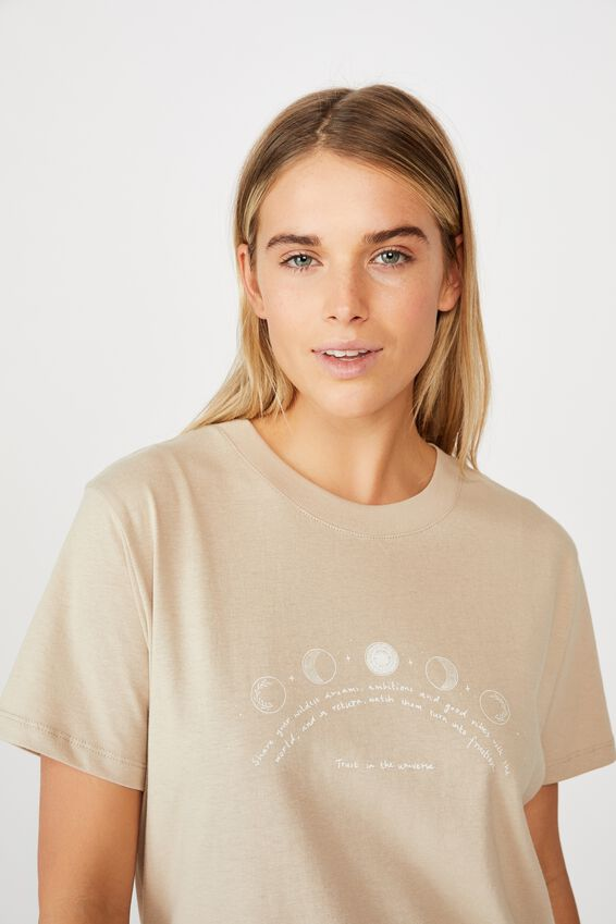 Classic Arts T Shirt, TRUST THE UNIVERSE/LATTE