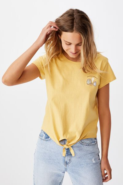 Tie Front Cny Graphic License Tee, LCN PUSH PUSHEEN PROSPERITY/GOLDENHOUR YELLOW