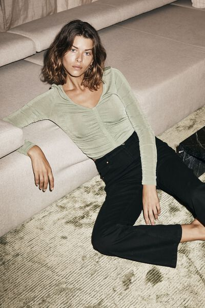Bowie Rouched Front Long Sleeve Top, PISTACHIO GREEN