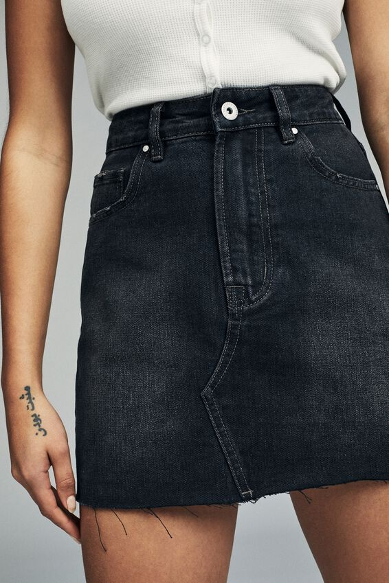The Classic Denim Skirt, VINTAGE BLACK