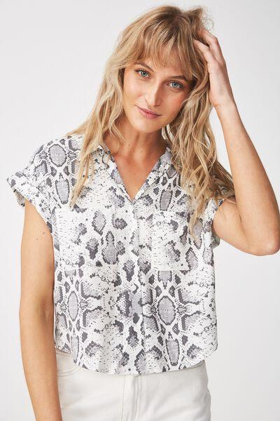 Emily Chopped Short Sleeve Shirt, BECCA SNAKE VAPOROUS GREY