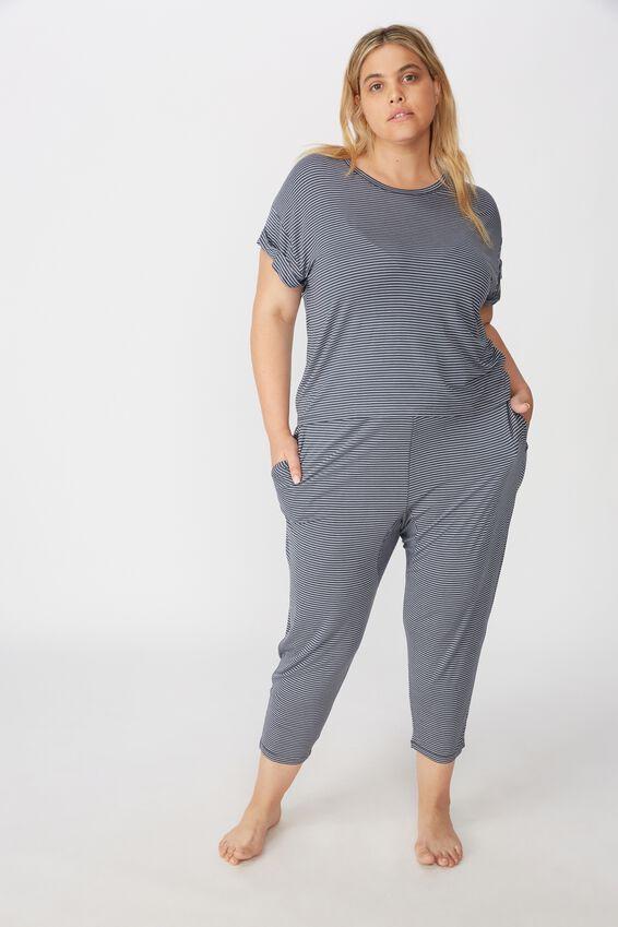 Curve Sleep Recovery Hip Grazer T-Shirt, THIN IRON STRIPE