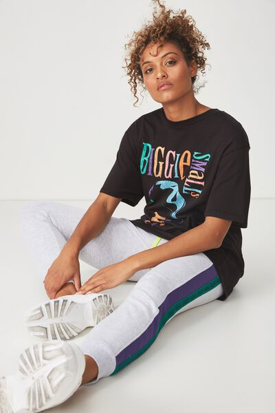 The Graphic Boyfriend Tee, LCN BIGGIE SMALLS PORTRAIT/BLACK