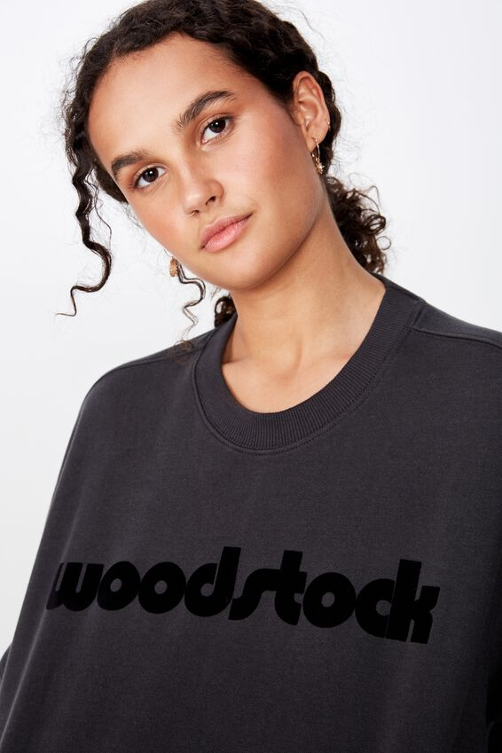 Harper Boxy Graphic Crew, LCN PER WOODSTOCK LOGO WASHED BLACK