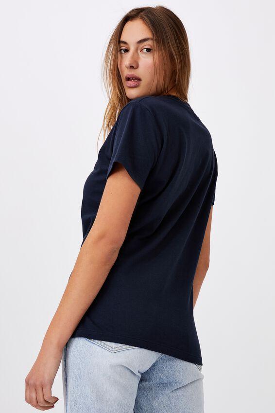 Classic Pop Culture T Shirt, LCN SAN GUDETAMA EGGULA/MOONLIGHT