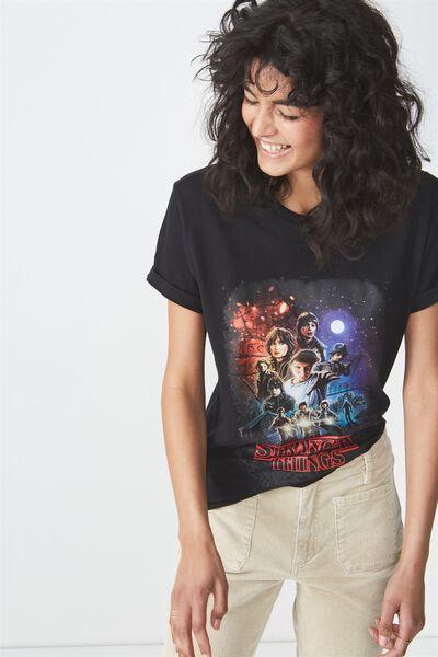 Tbar Fox Graphic T Shirt, LCN STRANGER THINGS MONTAGE/BLACK