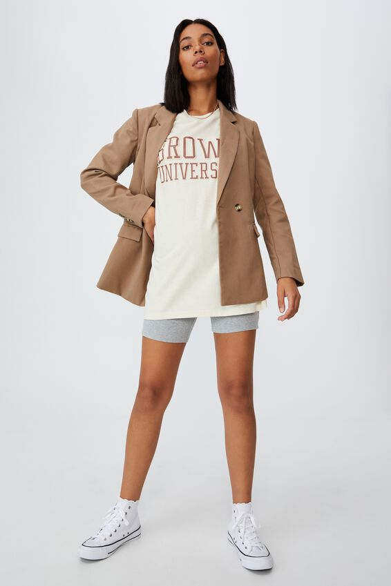 The Relaxed Boyfriend Graphic License Tee, LCN BRO BROWN LOGOTYPE/PASTRY