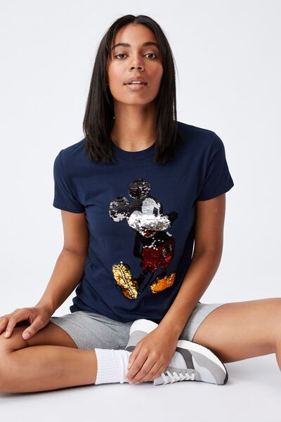 Classic Cny Graphic License T Shirt, LCN DIS MICKEY 2 WAY SEQUIN POSE/MOONLIGHT