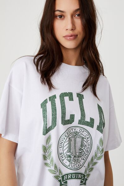 The Relaxed Boyfriend Graphic License Tee, LCN UCLA CREST LOGO/WHITE