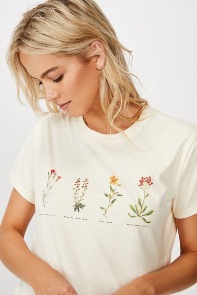 Classic Arts T Shirt, BOTANICALS/SUGAR COOKIE