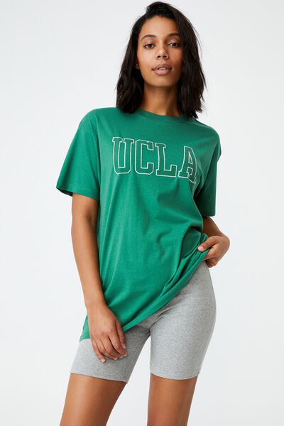 The Relaxed Boyfriend Graphic License Tee, LCN UCLA UNIVERSITY OF LA/HERITAGE GREEN