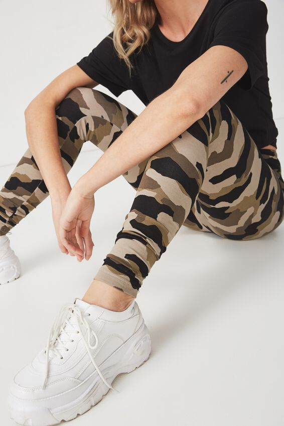 Dakota Detail Legging, DISTRESSED CAMO