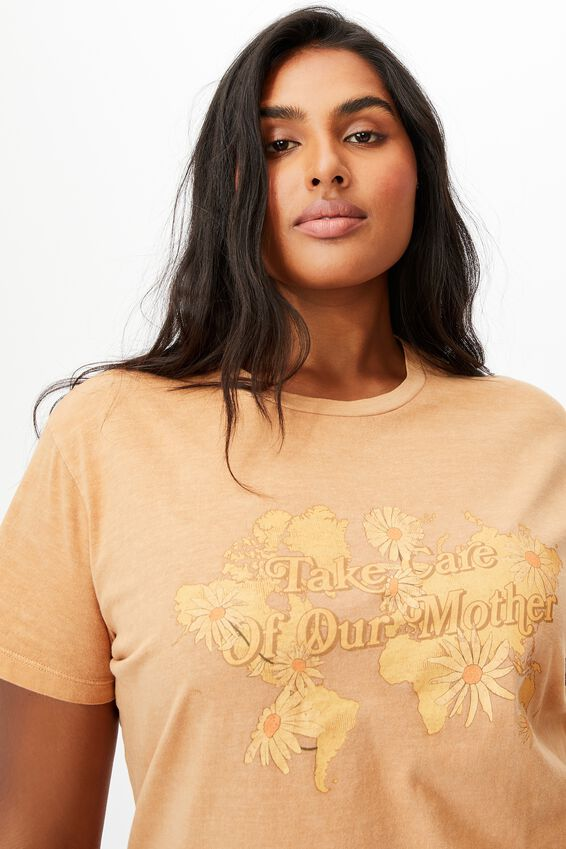 Curve Graphic Tee, TAKE CARE/SUMMER SAND