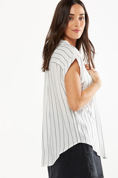 Emily Short Sleeve Shirt, WHITE PINSTRIPE