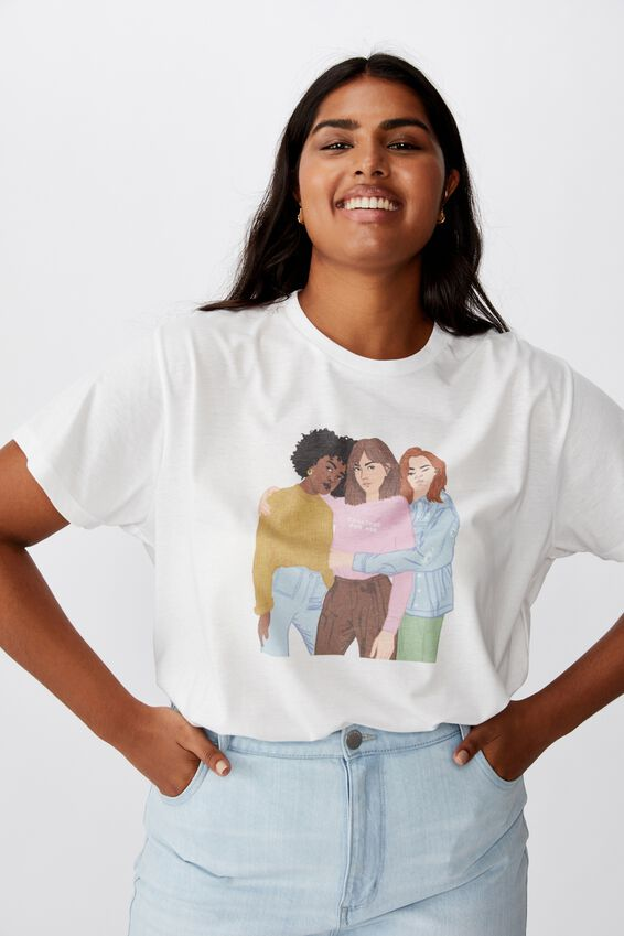 Curve Girl Up tee, GIRL GROUP/WHITE