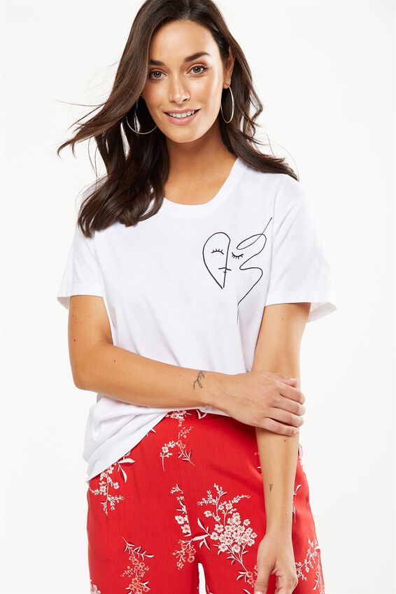 Tbar Fox Graphic T Shirt, HEART CHEST/WHITE