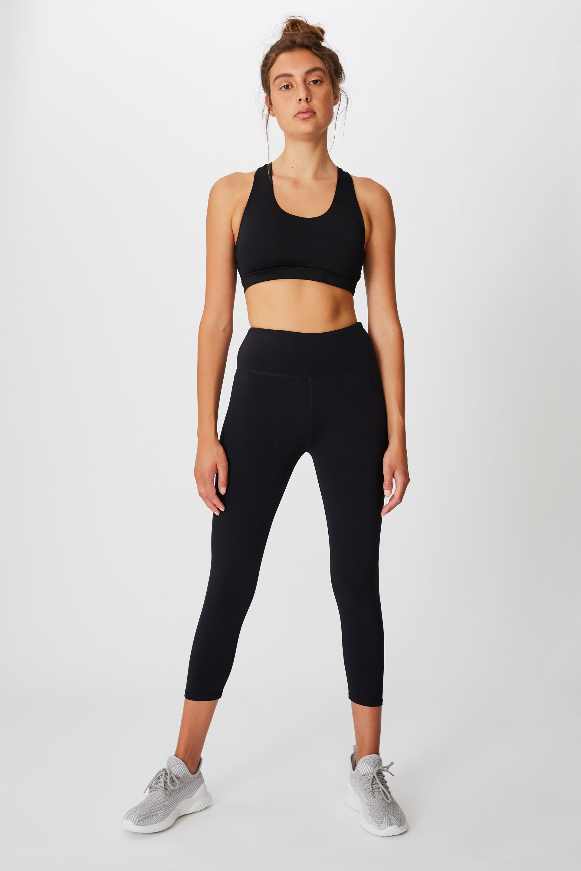 The Active Core Cropped Tight is a must-have in every girl's workout wardrobe. Designed as skinny fit to hug firmly on the body, these flattering 3/4 length active leggings ensure maximum comfort while you workout. Moisture wicking fabric treatment will keep you cool and dry. Skinny fit designed to firmly hug the body Cropped tight, sitting 3/4 down the calf Hidden drawcord inside waistband Internal waistband coin pocket Knitted garment Moisture wicking fabric treatment keeps you cool and dry Garment stretches and moves with you Flatlocked stitching MODEL WEARS SIZE: SMALL - AU 10 US 6 EUR 38 88% POLYAMIDE 12% ELATANE