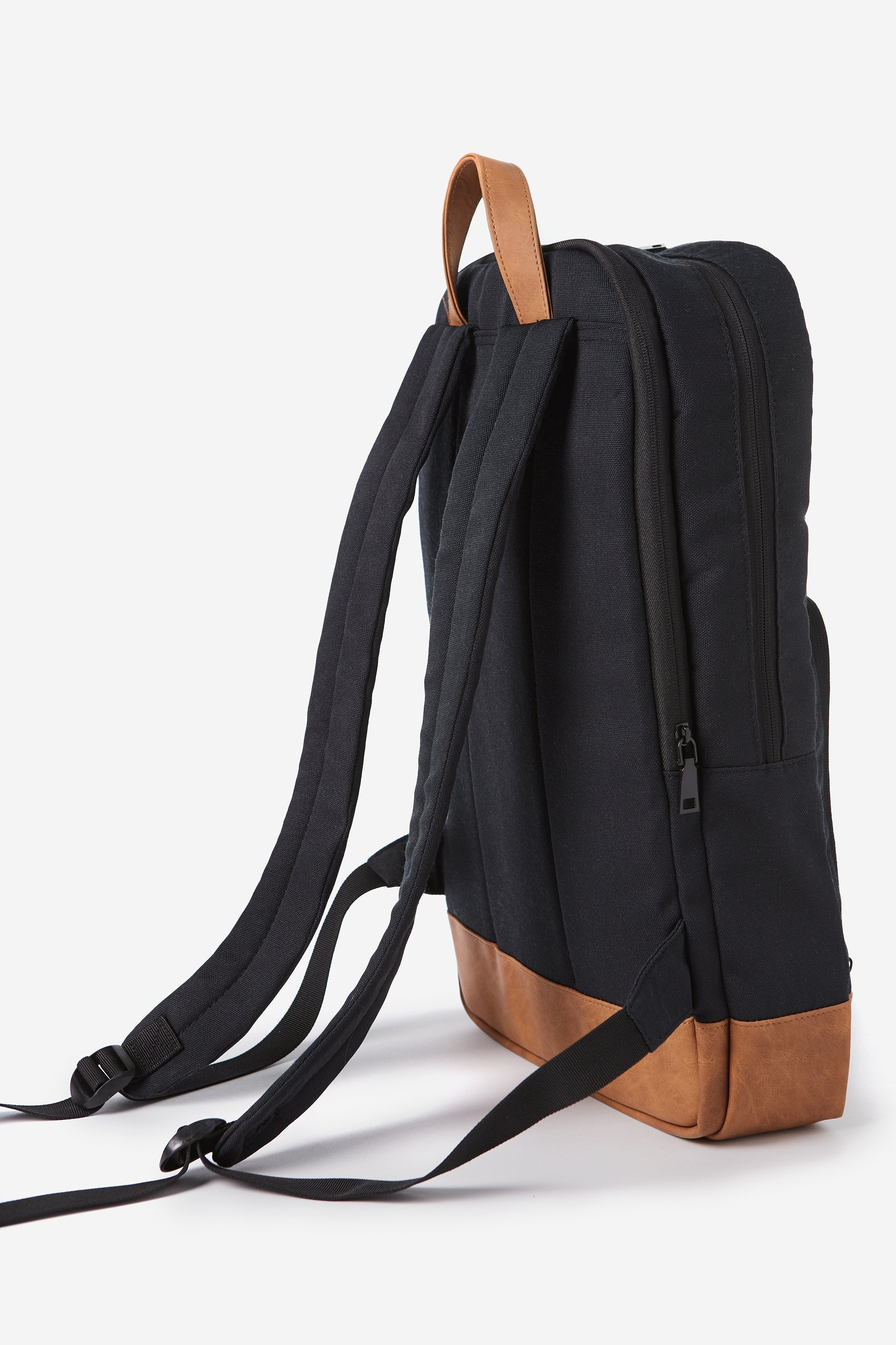5534e9c1ec ... Voyager Laptop Backpack