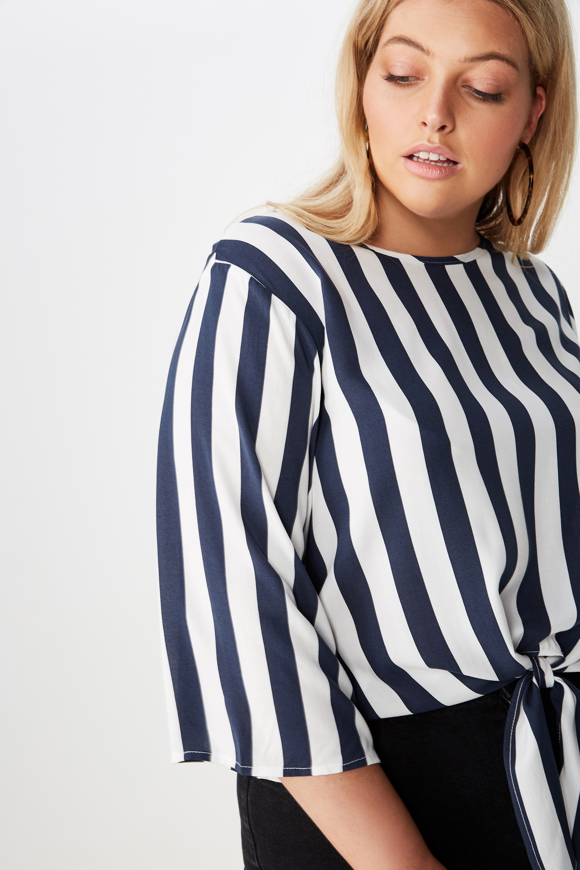 Curve Woven Front Knot Top